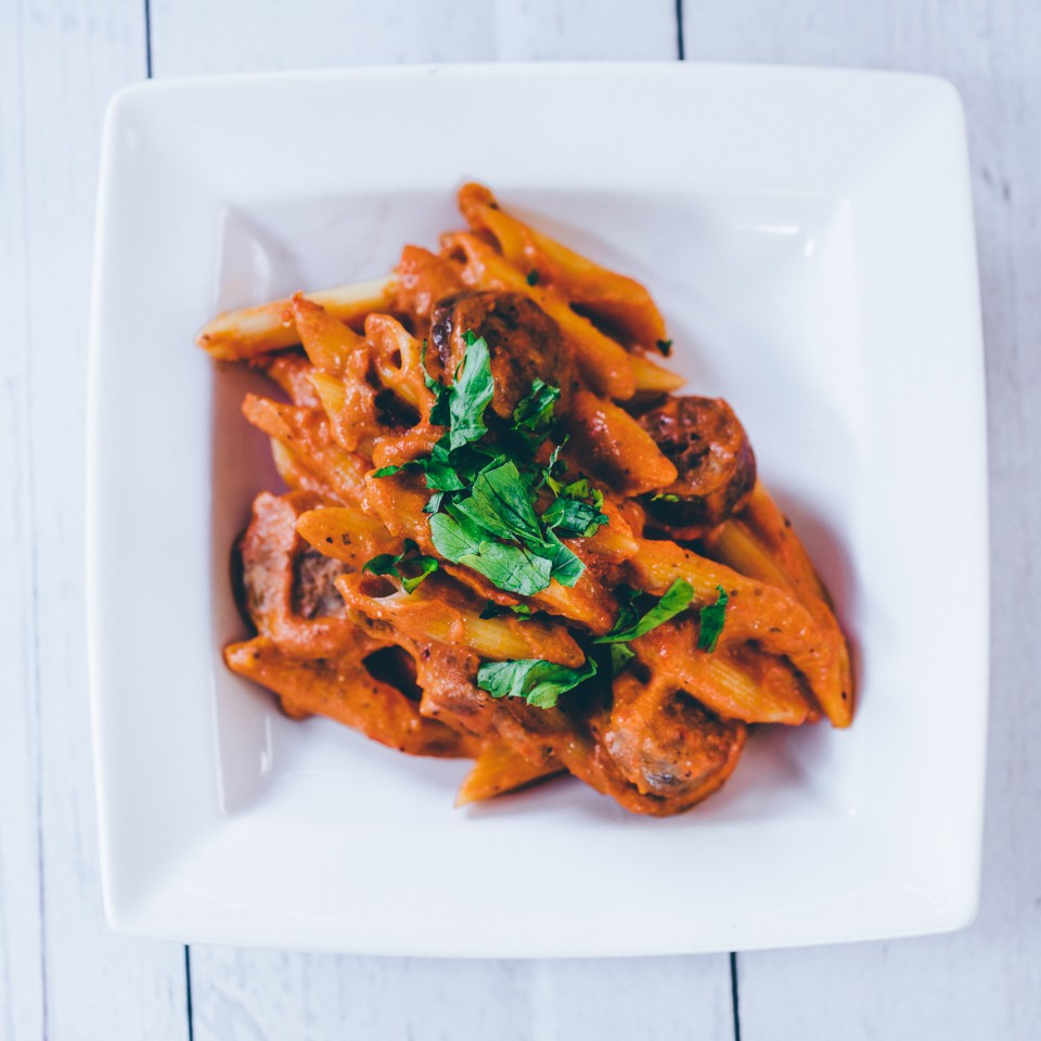 Penne with fresh Italian sausage and chilli in a rich tomato sugo finished with creamy Mascarpone