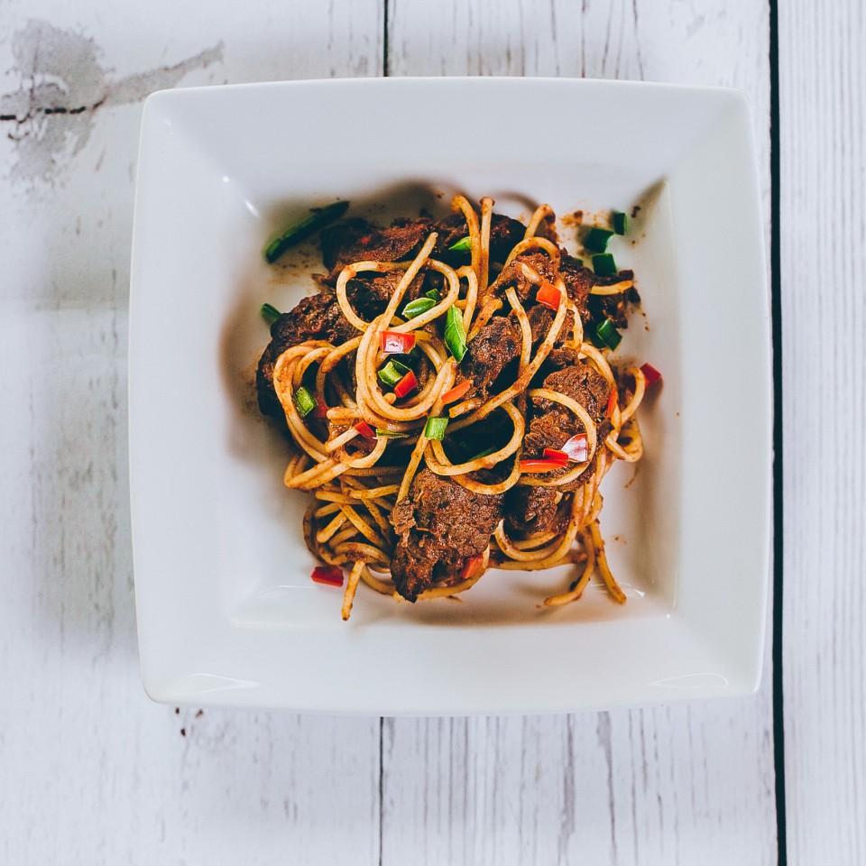 Spaghetti with fillet steak, chilli and red wine tomato sugo